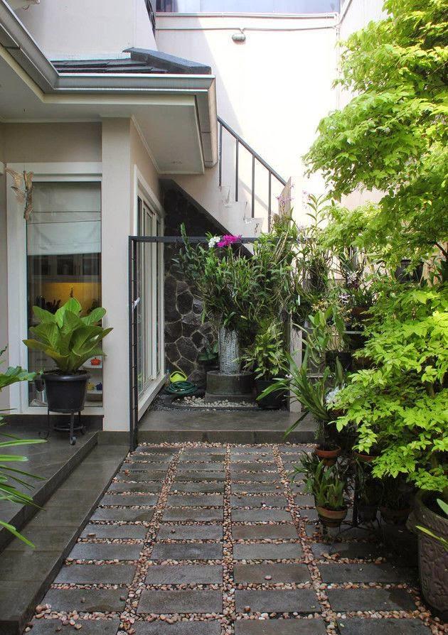 rumah minimalis lantai batu alam