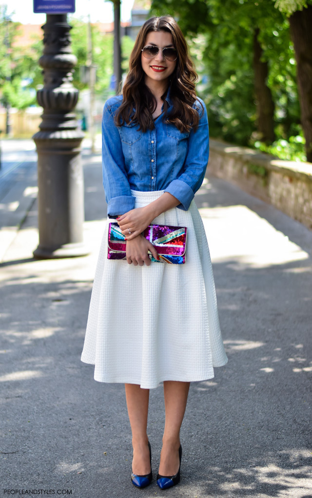 how to wear white midi skirt, denim shirt, court pumps. Street style work look Dasha Vukobratović