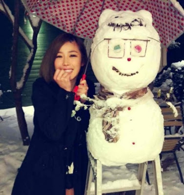 Hyosung with Snowman
