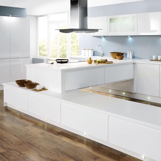 10 Beautiful White Beach House Kitchens: Cozinhas Brancas