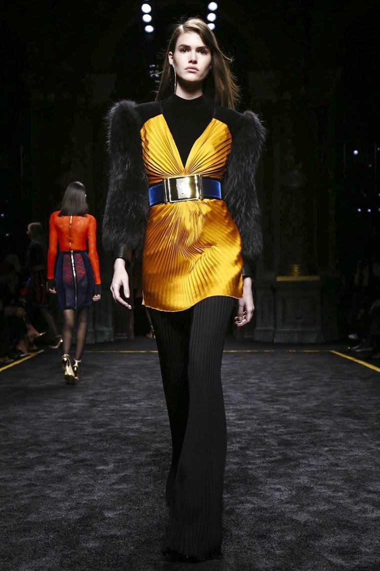 Balmain, Balmain AW15, Balmain FW15, Balmain Fall Winter 2015, Balmain Autumn Winter 2015, Balmain fall, Balmain fall 2015, du dessin aux podiums, dudessinauxpodiums, Olivier Rousteing,vintage look, dress to impress, dress for less, boho, unique vintage, alloy clothing, venus clothing, la moda, spring trends, tendance, tendance de mode, blog de mode, fashion blog, blog mode, mode paris, paris mode, fashion news, designer, fashion designer, moda in pelle, ross dress for less, fashion magazines, fashion blogs, mode a toi, revista de moda, vintage, vintage definition, vintage retro, top fashion, suits online, blog de moda, blog moda, ropa, asos dresses, blogs de moda, dresses, tunique femme, vetements femmes, fashion tops, womens fashions, vetement tendance, fashion dresses, ladies clothes, robes de soiree, robe bustier, robe sexy, sexy dress