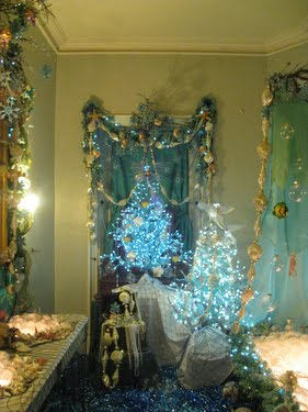 Domythic bliss stepping back to christmas for Mermaid bathroom decor vintage