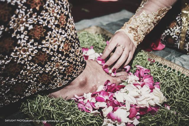 upacara panggih ritual pernikahan