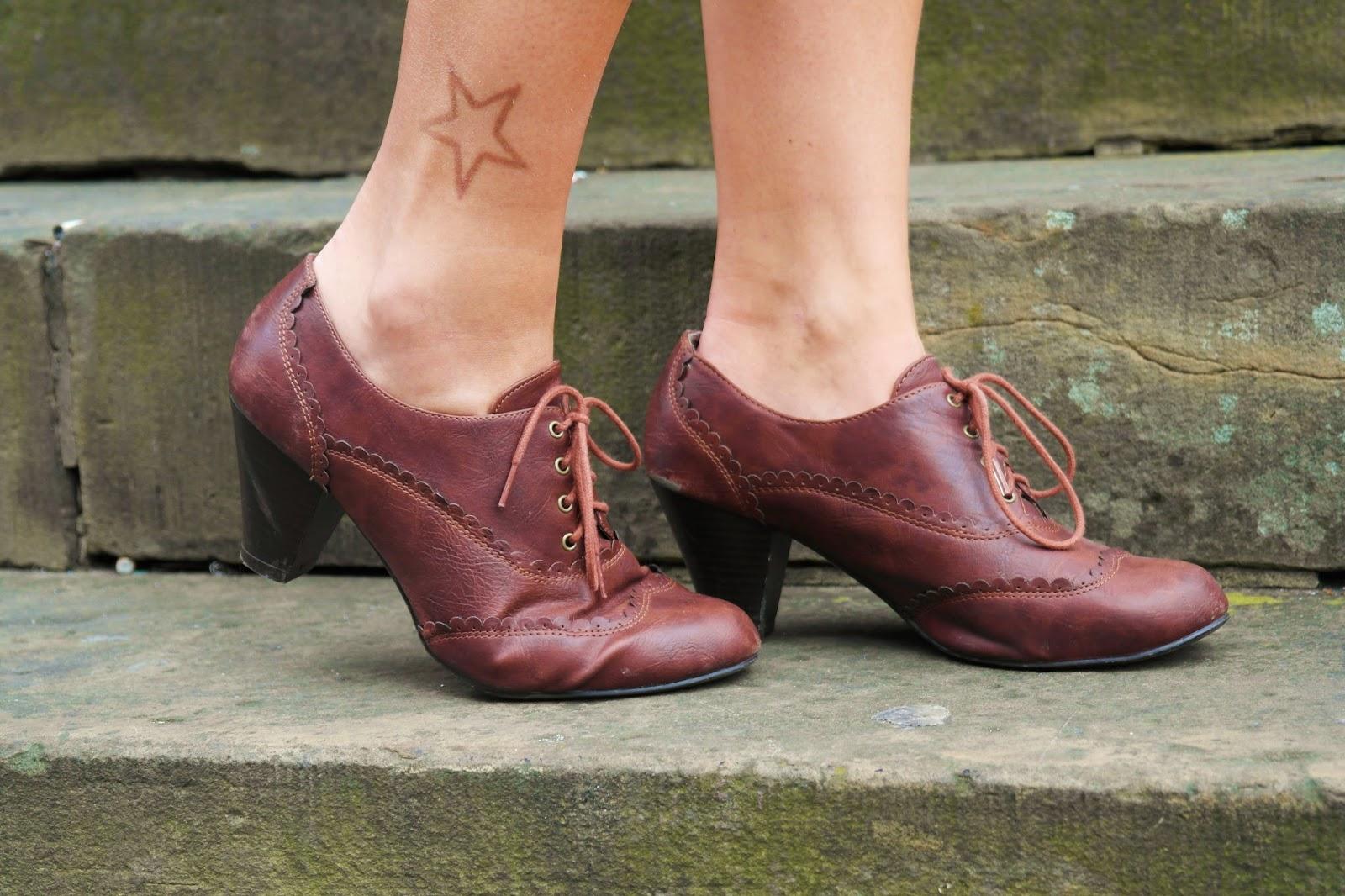 mid heeled brogues