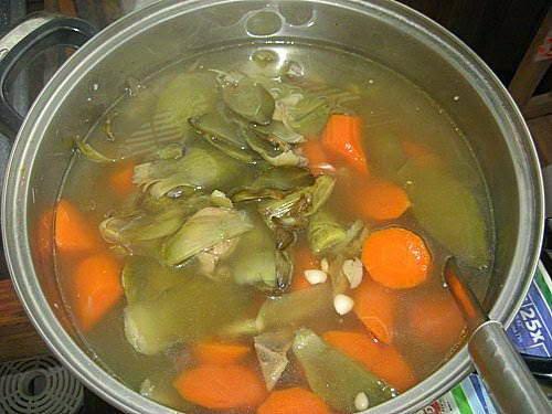 Vietnamese Soup Recipes - Canh Atiso nấu xương heo và táo tàu