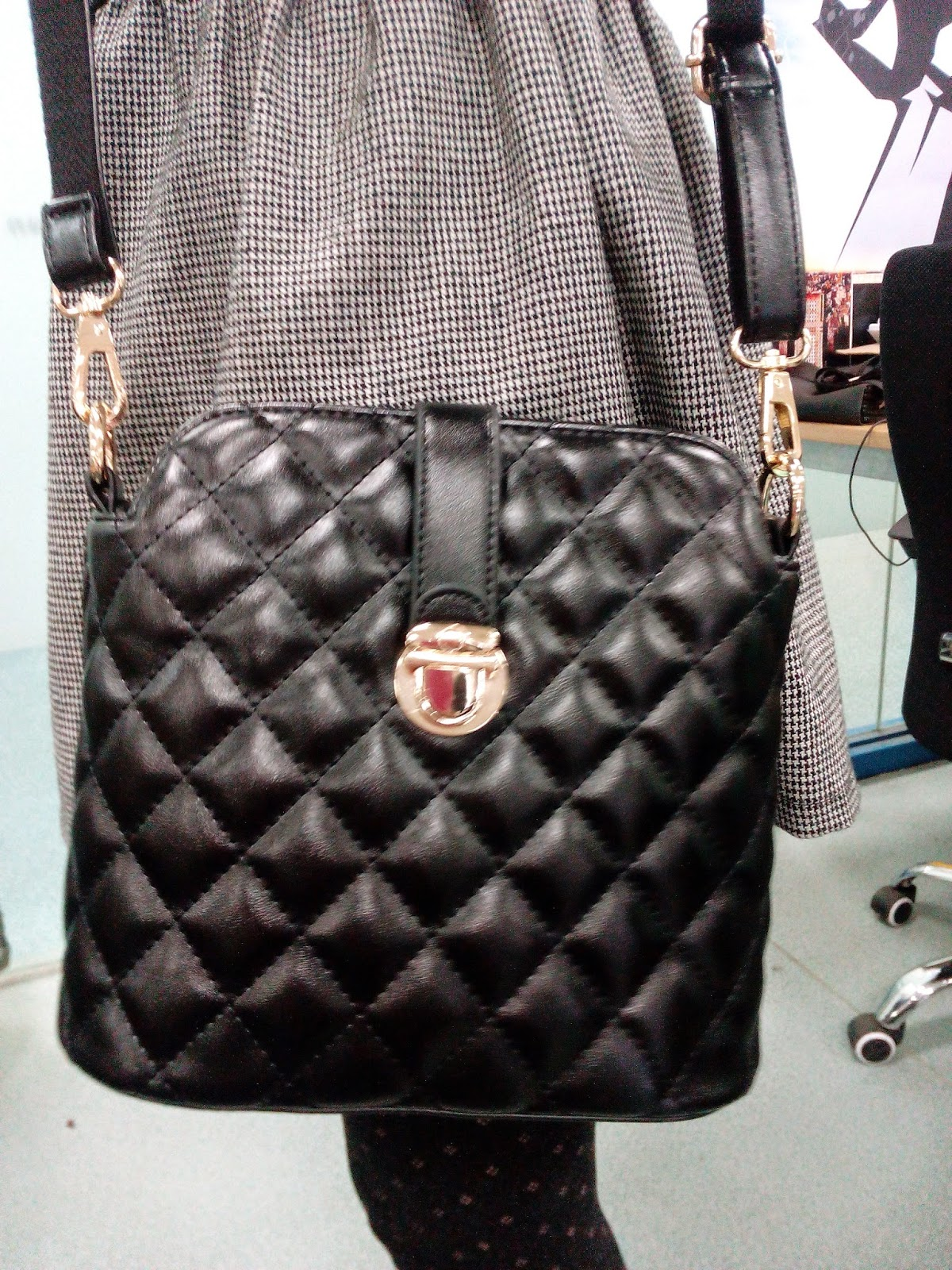 Black Shoulder Bag 1