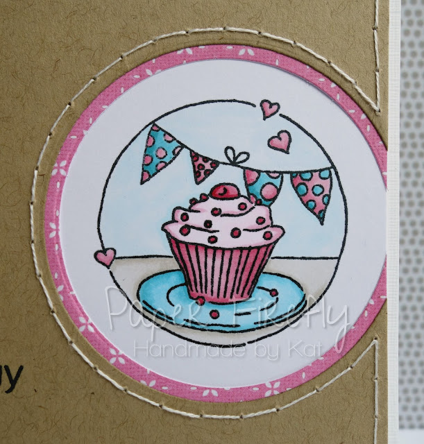 Sweet and simple card with cupcake and bunting (image from LOTV)