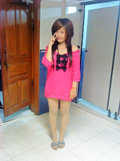 Khmer girl Coca Mini with short jean 10