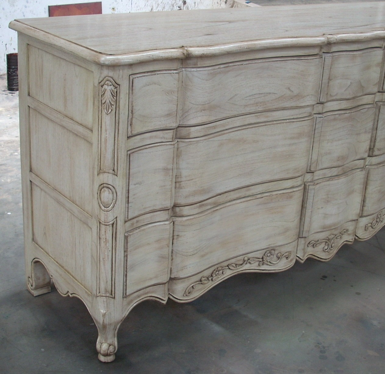 White Finish Wood Furniture