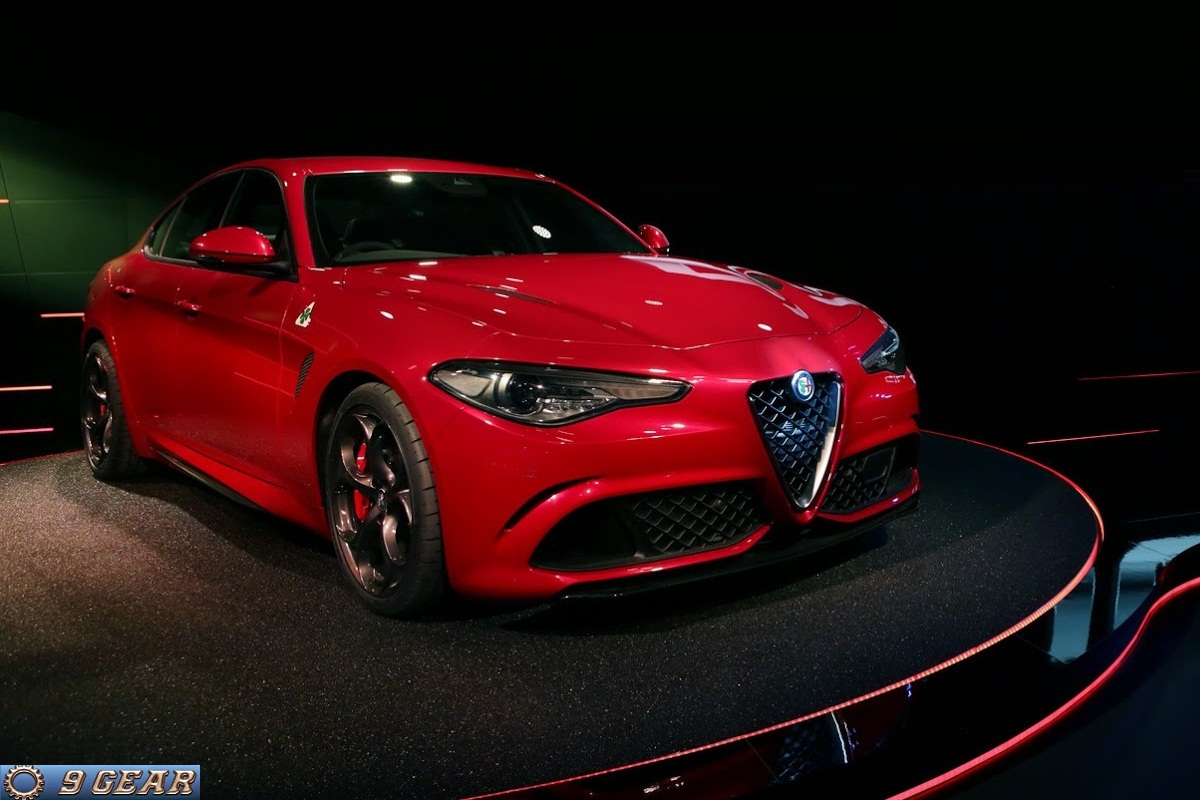 italian style the new alfa romeo giulia car reviews new car pictures for 2018 2019. Black Bedroom Furniture Sets. Home Design Ideas