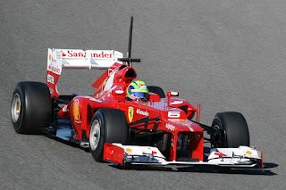 Gambar Mobil Balap F1 Ferrari 02