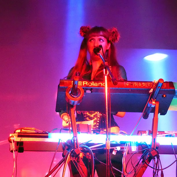 Anais Neon : Vile Electrodes live @ Electronic Circus Festival 2014 / photo S. Mazars