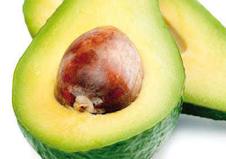 Óleo de abacate para combater a caspa