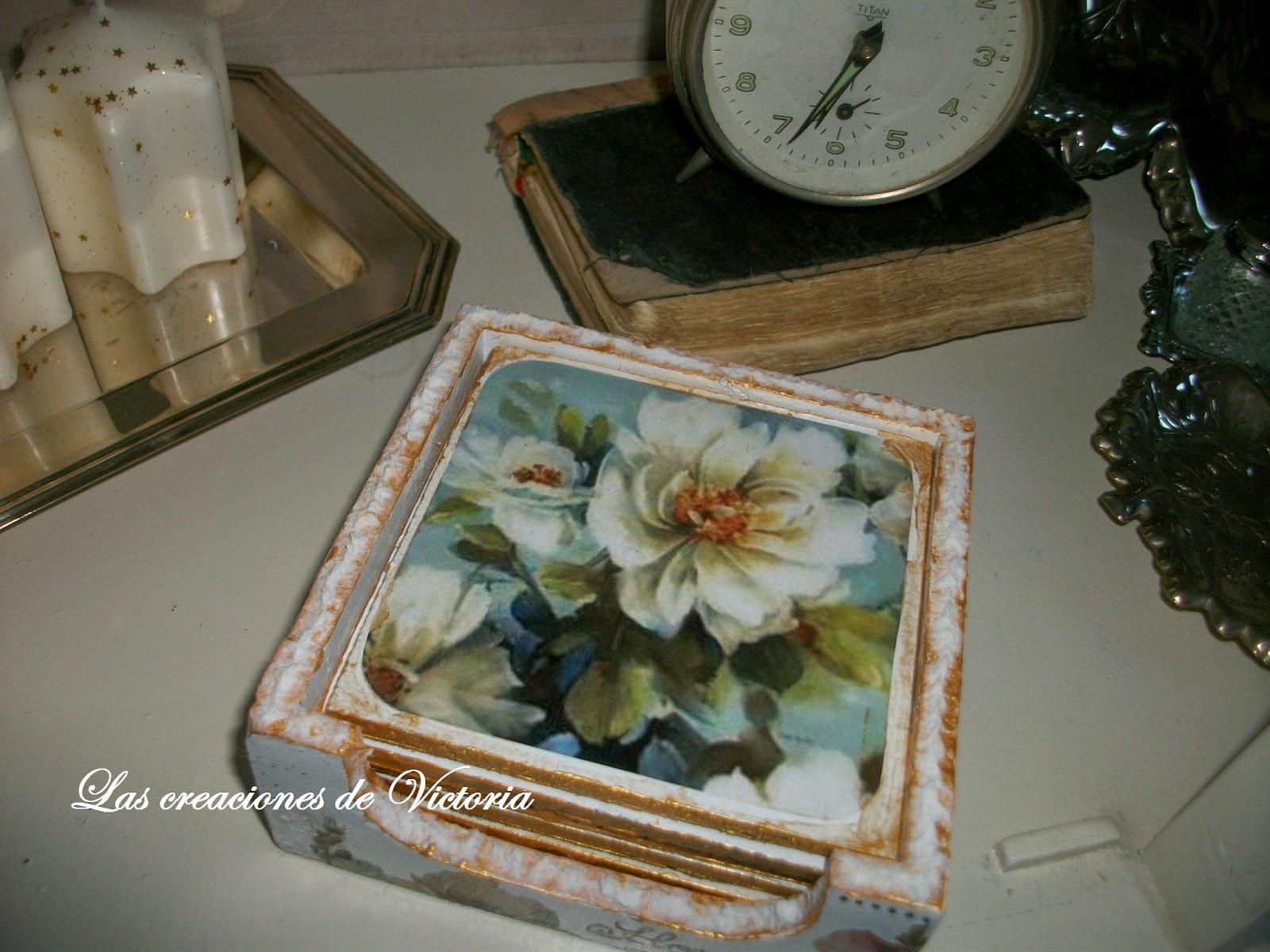 Las creaciones de Victoria.Decoupage.Posavasos de madera estilo Vintage.