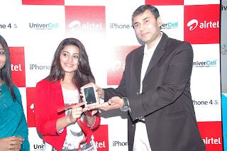 Sneha_At+Airtel_Iphone_4s_Launch+%2812%29.jpg