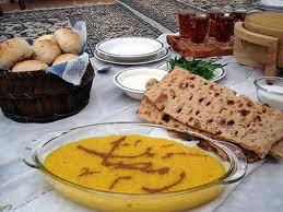 أربعة أشياء أفعلها وأربعة لا تفعلها على مائدة رمضان