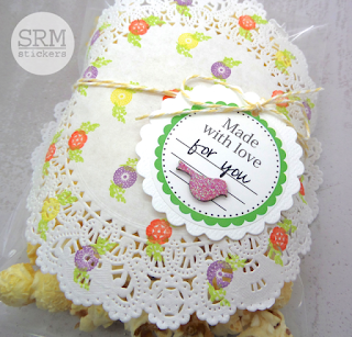 SRM Stickers Blog - Party Favor Treat by Annette - #partyfavors #labels #doilies #punchedpieces #twine #A7 #clearbagenvelope #DIY