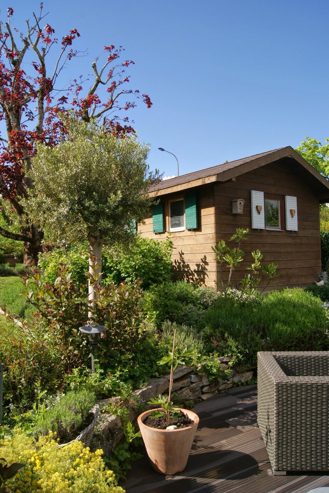 Blancdeco un beau cadeau - Deco jardin olivier nanterre ...