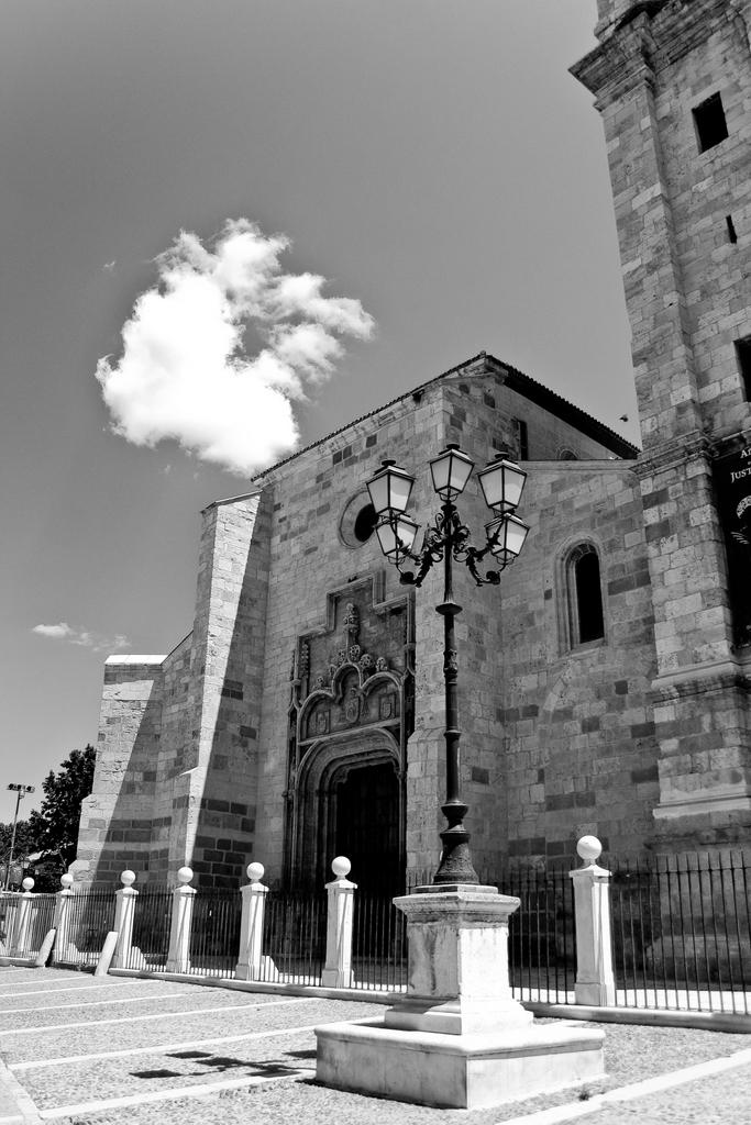 Alcalá de Henares (Madrid, España), by Guillermo Aldaya / AldayaPhoto