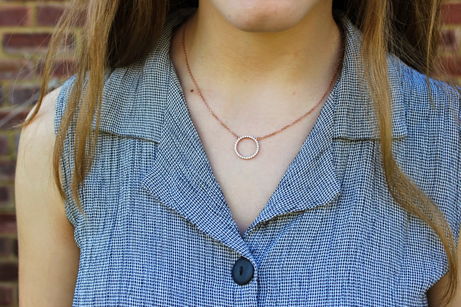 alexi-accessories-review-necklace-rose-gold-circle