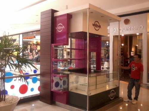 Impacto modular publicidad comercial fabricaci n de - Muebles para centros comerciales ...