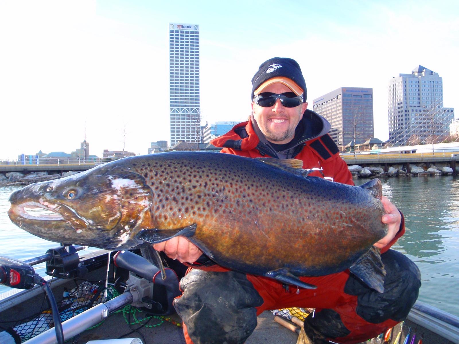 Mondo pesca news igfa catture da record del mondo for Grosso pesce di lago