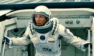 christopher nolan matthew McConaughey astronaut