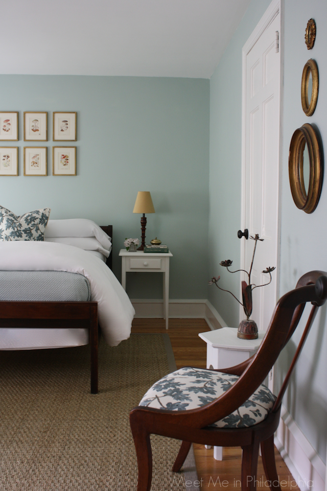 guest bedroom via Meet Me in Philadelphia meetmeinphiladelphia.blogspot.com