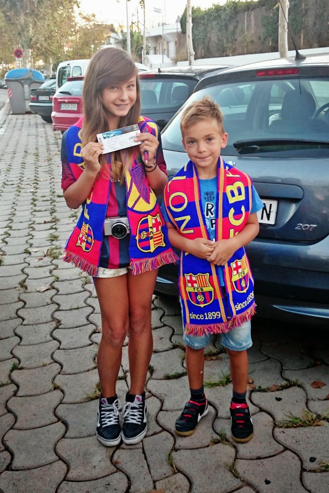bilety FCB,Camp Nou jak wejść,czy każdy może kupić bilet na mecz FCB,szalik FCB,stadion FCBarcelona,bilety na mecz