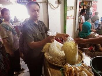 disperindagkop sidak di pasar tradisional dan pasar modern