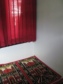 Musholla Mini Beserta Perlengkapan Sholat + Al Qur'an