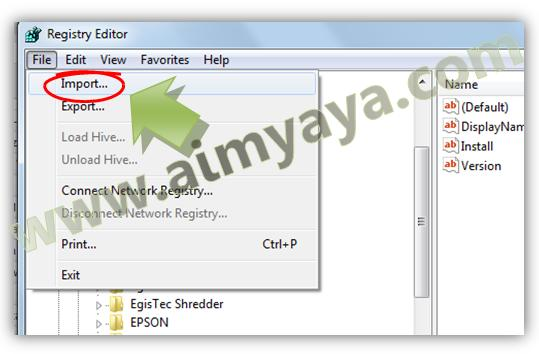 Gambar: Import registry windows melalui Registry Editor