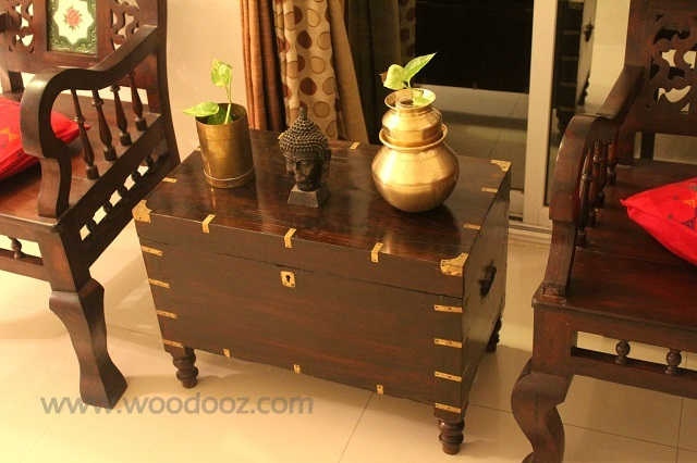 Rosewood trunk