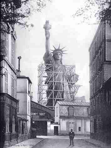 The Statue of Liberty Paris 1886 - The Decorated House July 2014