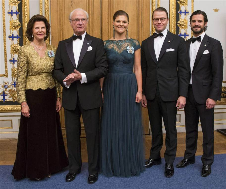 The King of Sweden held a dinner for members of parliament at the Royal Palace