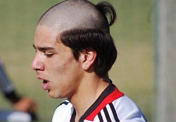 Diego Simeone's son has worst haircut in football?