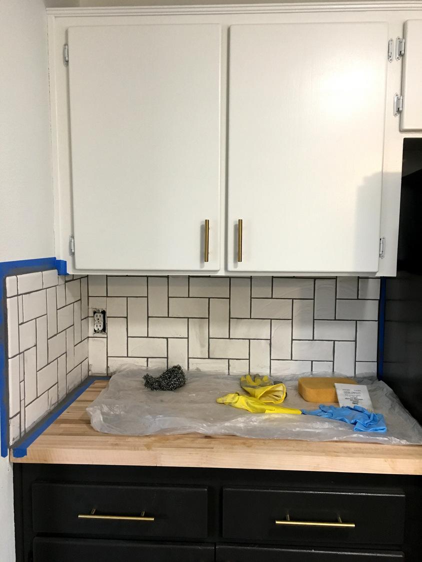 Removable tile backsplash