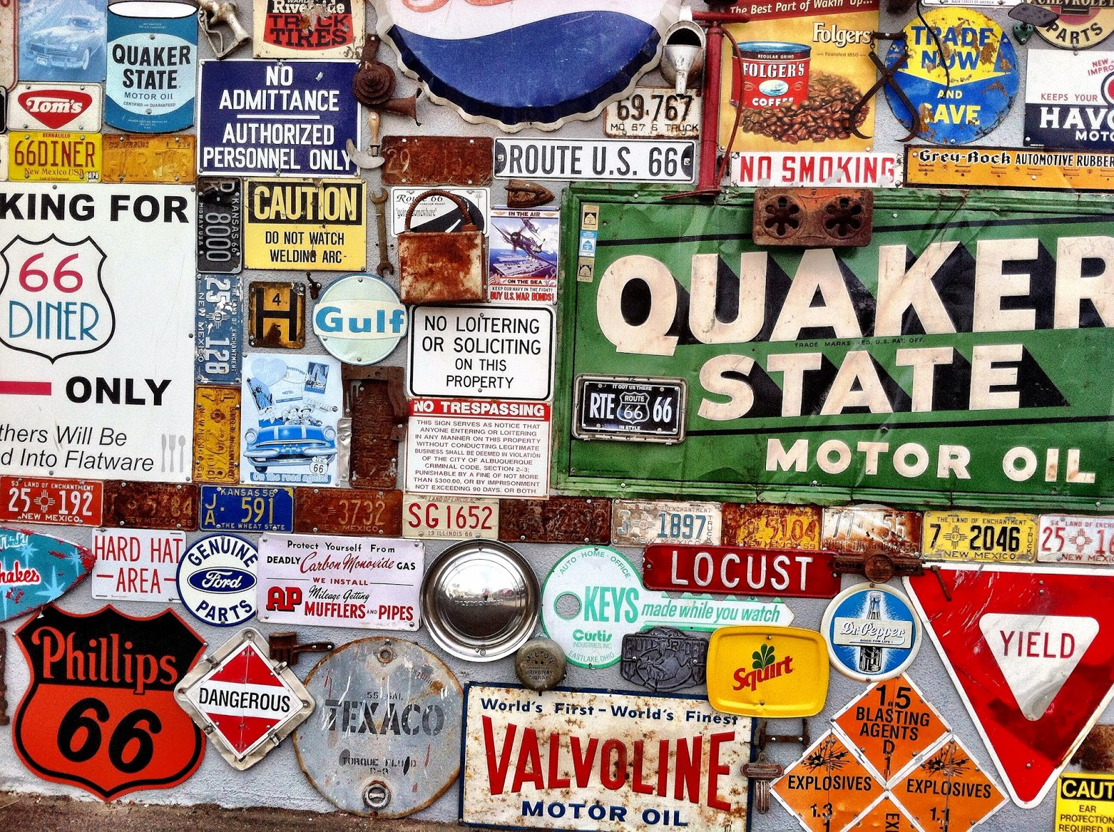 route 66 roadside signs and advertisements