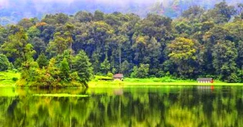 Tempat Wisata Paling Bagus di Bandung  DeTiaBlog.com