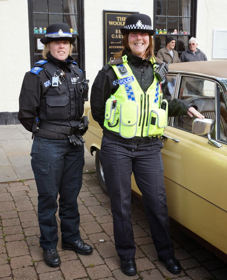 PCSO Lisa Bogg and PC Jane Proud at the TSW Printers Border Classic Car Run in Brigg 2014 - picture on Nigel Fisher's Brigg Blog