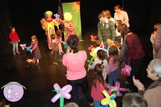 clovnii_veseli,teatru,copii,centrul_cultural_pentru_UNESCO_Nicolae_Balcescu,iepurasi,2iepurasi