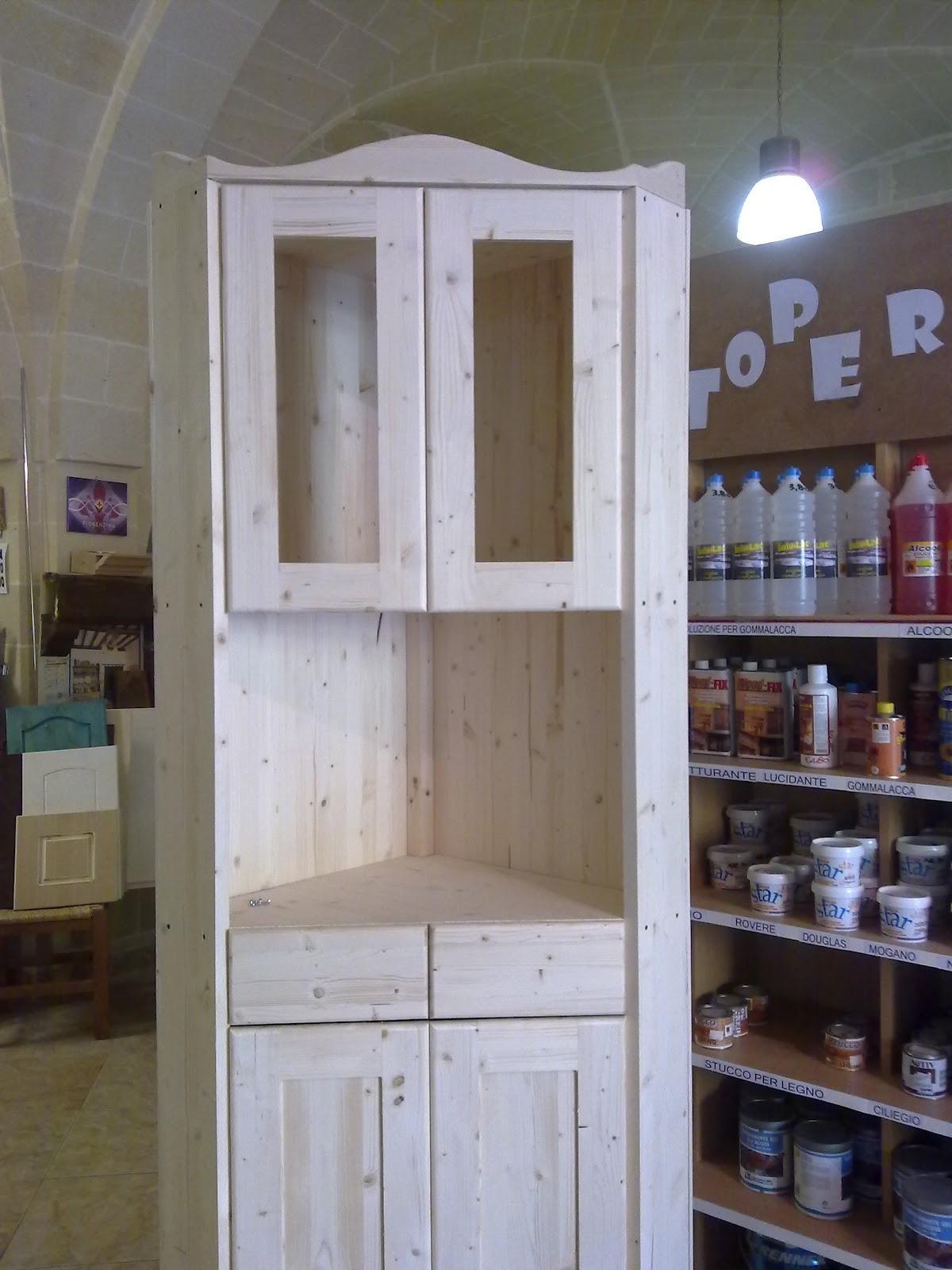 Fai da te hobby legno armadio ad angolo - Ante mobili fai da te ...