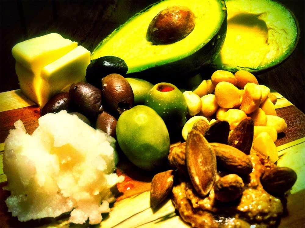 فوائد الدهون الصحية واضرارها