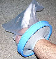 Top Guard(手腳防水保護套) 腳部穿戴實例1