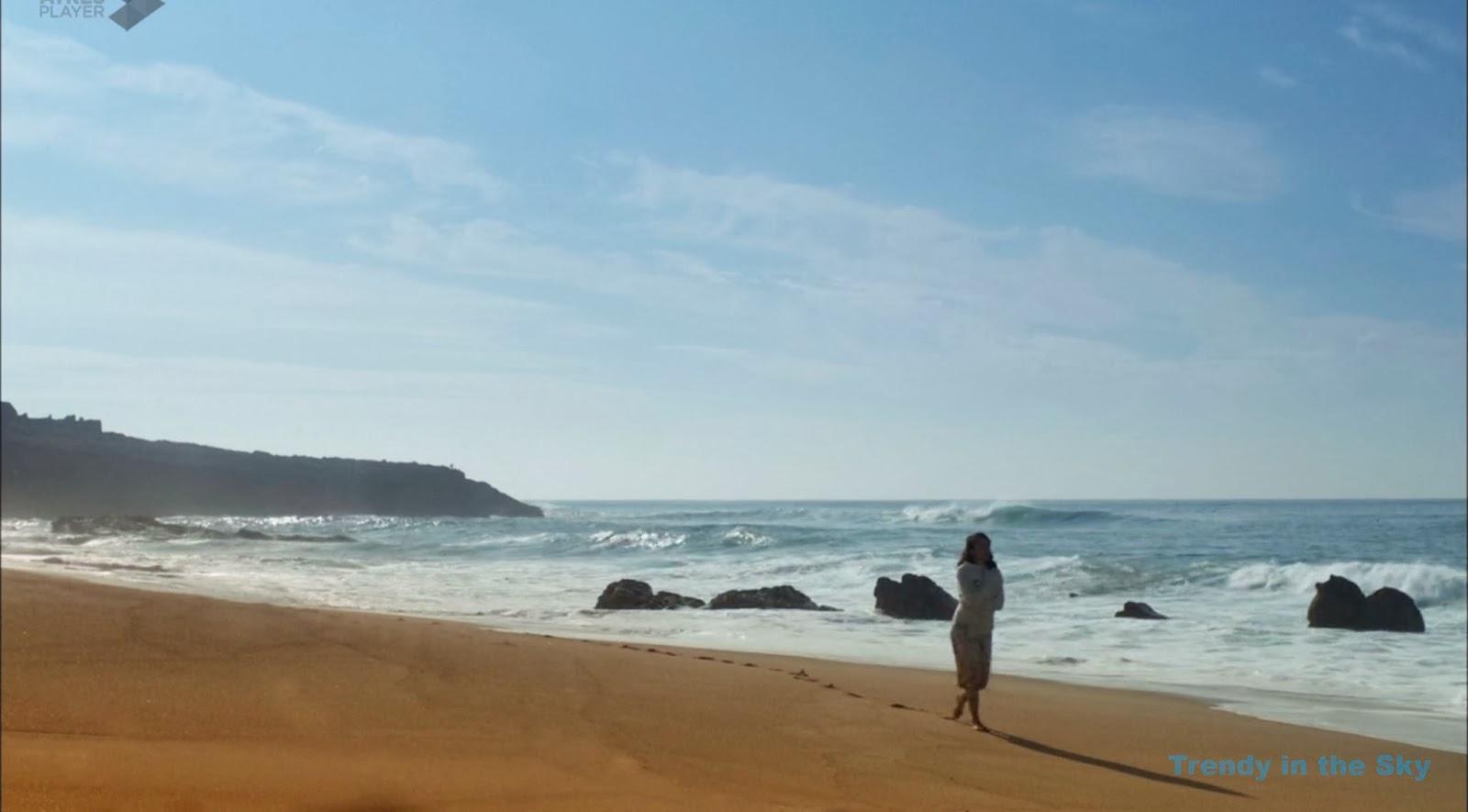 El tiempo entre costuras capítulo final playa