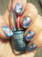 http://cathenail.blogspot.fr/2013/01/braided-nail-holographique.html