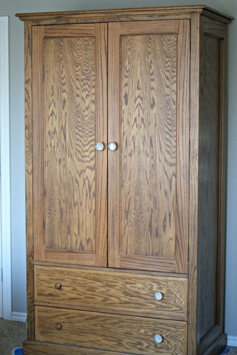 Woodwork dresser armoire plans pdf plans for Wardrobe cabinet design woodworking plans