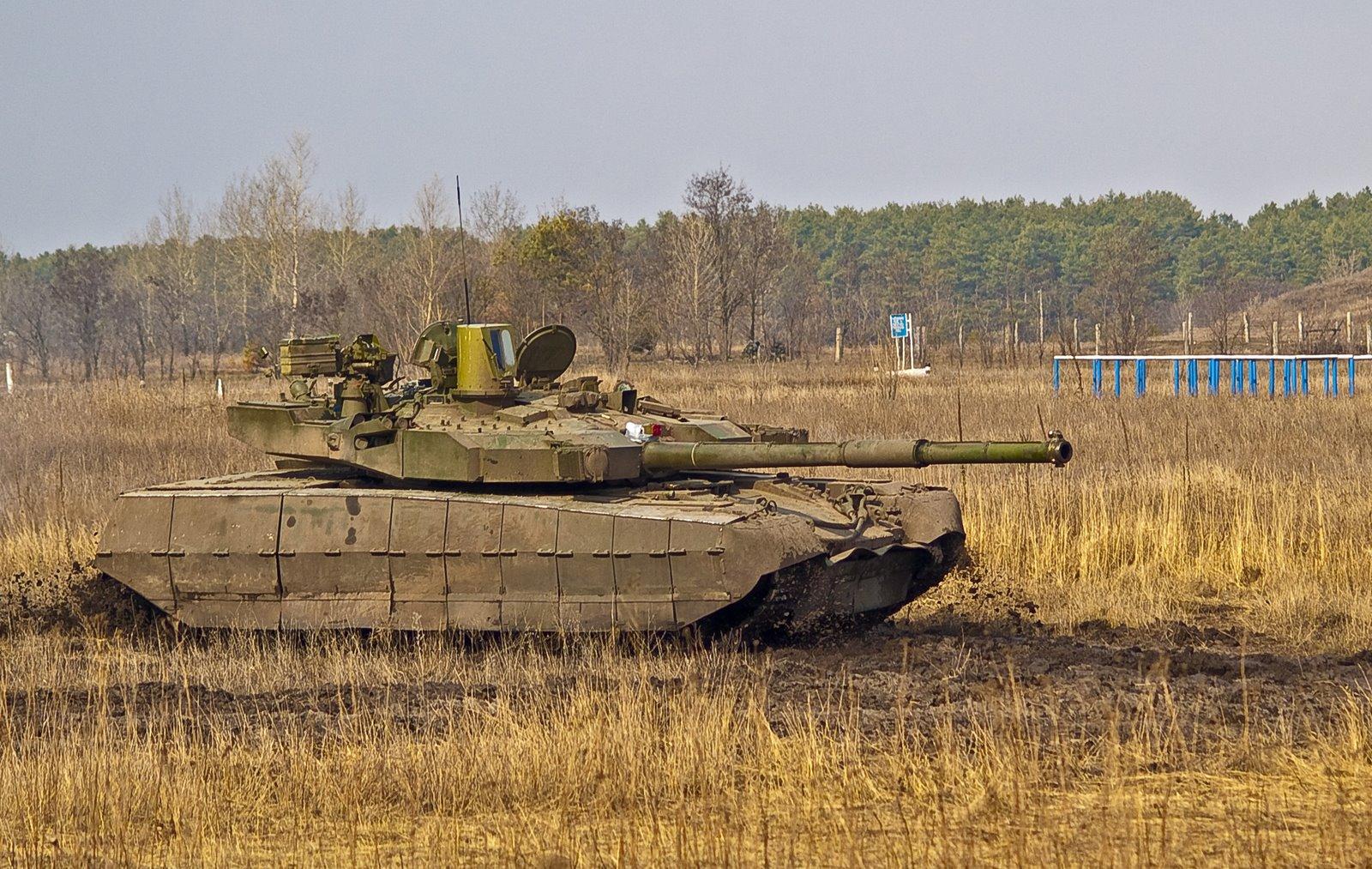 MBT_Oplot_sprava_gryaz_809.jpg