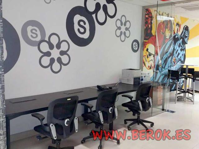 graffitis en oficinas de Inbenta
