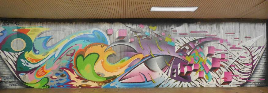 graffiti street art in st georges walk